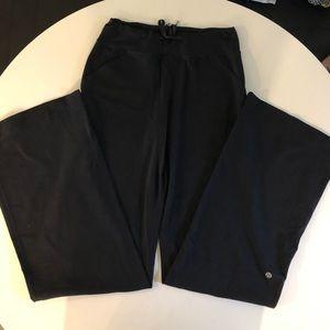 Lululemon flair yoga pants